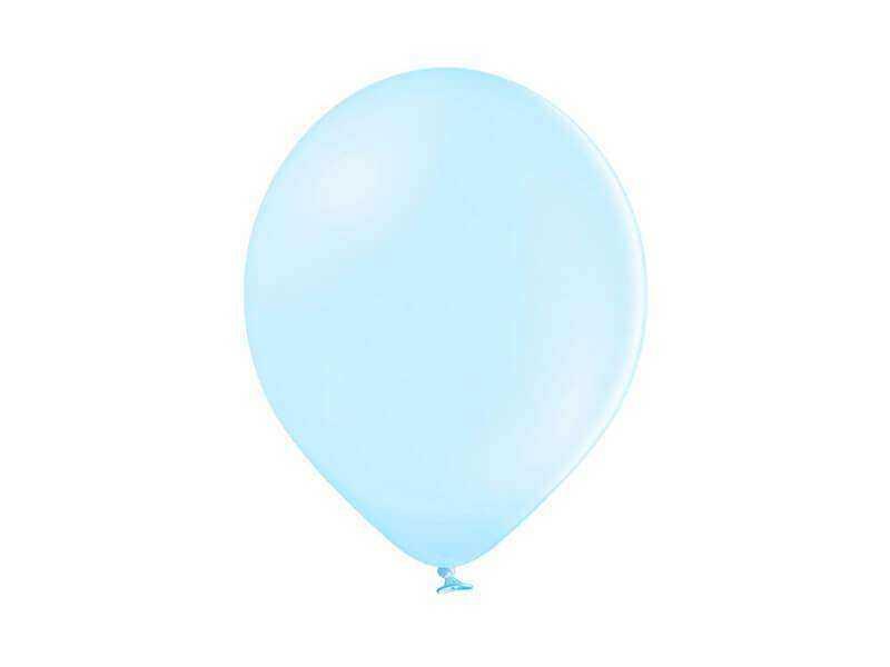 pastelowy niebieski balon